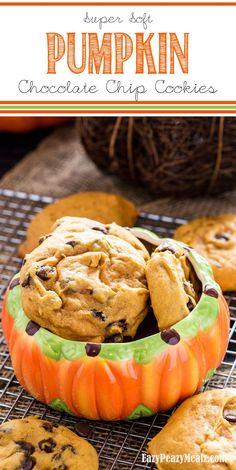 Super Soft Pumpkin Chocolate Chip Cookies (Big Batch) - Eazy Peazy Mealz
