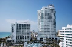 Miami Miami City, Skyscraper, Multi Story Building, World, Places, Kids Backpacks, Luxury Bags, Backpack Purse, Raincoat