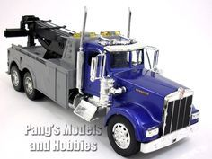 Kenworth W900 Tow Truck Diecast Metal 1/32 Scale Model by NewRay