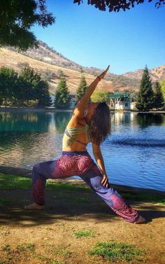 Lakeside yoga (featuring our Honey Hive pants in Violet)