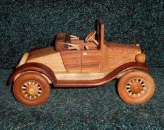 wooden toy cars en Etsy, un mercado global de artículos hechos a mano y vintage.
