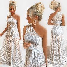 Trendy fashion show party classy Ideas Petite Fashion, Boho Fashion, Fashion Dresses, Fashion Looks, Trendy Fashion, Casual Dresses, Short Dresses, Formal Dresses, Fashion Show Party