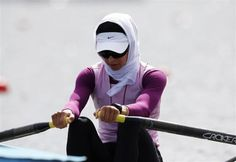 Iran's Soulmaz Abbasiazad rows in the women's single sculls repechage at Eton Dorney during the London 2012 Olympic Games July 29, 2012. REUTERS-Jim Young