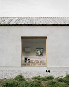 Simplicity. House on Gotland by Etat Arkitekter. Photography by Rasmus Norlander