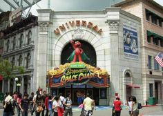 Universal Studios Singapore: Travel 10,000 miles and take a fascinating tour of our sister park in Resorts World Sentosa