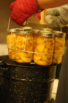 Canning Peaches without sugar