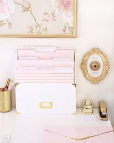 Blush and gold office with feminine and elegant glam touches. Mixing vintage and contemporary styles for a beautiful transitional design. office decor diy Blush And Gold Glam Office Reveal - Summer Adams Gold Office Decor, Pink Gold Office, White Office, Office Chic, Bureau Design, Decoration Inspiration, Decor Ideas, Design Inspiration, Blush And Gold