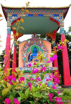 Templo Budista de Três Coroas - RS - Brasil