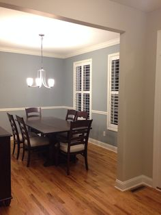Boothbay Gray (Benjamin moore) for the dining room and Accessible Beige (Sherwin williams) for the foyer Dining Room Paint Colors, Dining Room Blue, Dining Room Walls, Living Room Paint, Kitchen Colors, Room Colors, Trending Paint Colors, Best Paint Colors, Paint Colors For Home