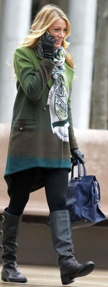 Who made Blake Lively's blue tote handbag, green print scarf, black three buckle boots, and ombre coat that she wore in New York on February 29, 2012?