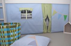 Gardinen & Vorhänge - Wimpelkette Hochbettvorhang f d Spielbett Hochbett - ein Designerstück von sincerelyyours bei DaWanda