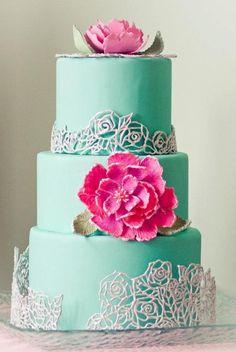 Gorgeous wedding colors.