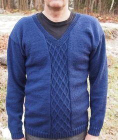 Neulepaita miehelle Men Sweater, Sweaters, Fashion, Moda, Fashion Styles, Men's Knits, Sweater, Fashion Illustrations, Sweatshirts