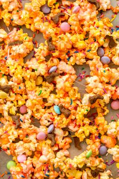 Peeps Popcorn-It's like Cookies & Cream Popcorn taken to the next level. (And you're going to crave it all year long.)