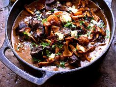 Port or Red Wine Marinated Game Stew with Chanterelles. Recipes from Köket. Meat Recipes, Chicken Recipes, Cooking Recipes, Healthy Recipes, Venison, Chutney, Japchae, Love Food, Crockpot