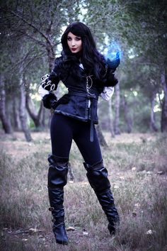 Videogame: The Witcher. Character: Yennefer. Cosplayer: Mary Raine 'aka' Illisia. From: Zaragoza, Spain. Photo: Vrael, 2016.