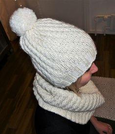 Novitan Isoveli - langasta itselleni pino ja kauluri. Headbands, Diy And Crafts, Winter Hats, Colours, Knitting, Crochet, Pattern, Handmade, Beanies