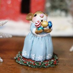 """This little Valentine cupcake mouse is all dressed up """"."""" A cute Happy Valentine's Day gift for your sweetie! Pink Christmas, Christmas Treats, First Christmas, Little Valentine, Happy Valentines Day, Christmas Star Decorations, Christmas Ornaments, Matching Christmas Sweaters, Christmas Paper Chains"""