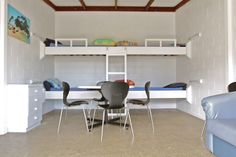 Tourist Flat | Russell - Orongo Bay Holiday Park. Located within the main Lodge building the tourist flat offers open plan living for a large group or family, sleeps up to 6.