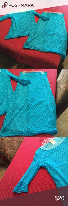 Skirt and Matching Top,SZ SM JADE MACKENZIE. Matching midi skirt and top. SZ SM. Turquoise Lace, ruffled sleeves. JADE MACKENZIE BRAND. ZADIE B's JADE MACKENZIE Other