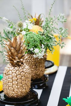 Pineapple themed birthday party #tropicalescape