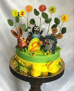 The famous child story for the bedtime, The little Mole cake. The mole and its friends.really loved by children! Narozeninový dort Krteček a jeho kamarádi. Fondant, Funny Cake, Book Cakes, Stories For Kids, Mole, Cake Cookies, Bedtime, Cake Ideas, Cake Decorating