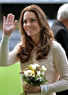 Pin for Later: Kate Middleton Didn't Wear a Single Bad Outfit This Year A Cozy Knit From Designer Jonathan Saunders Was the Perfect Sporty-Chic Topper Kate Middleton News, Estilo Kate Middleton, Kate Middleton Outfits, Kate Middleton Style, Prince William And Catherine, William Kate, Duke And Duchess, Duchess Of Cambridge, Catherine Cambridge