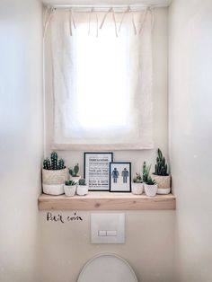 Kundengerechtes Toiletten Plakat WC L Atelier Typodeco Toilet Decoration, Small Toilet Room, Toilet Design, Room Decor Bedroom, Bathroom Interior, Diy Home Decor, Sweet Home, New Homes, House Design