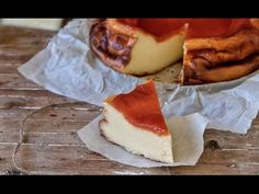 Cheesecake de queso Manchego con membrillo | Una tarta de queso muy sabr... Queso Manchego, Manchego Cheese, Camembert Cheese, Cheesecake Recipes, Food Inspiration, Sweets, Cheese Cakes, Empanadas, Beverage