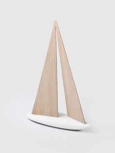 DPAGES February 2015 Favorites - Woo Sailboat in wood