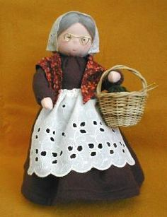 Grand Lady Pedestal Doll Pattern