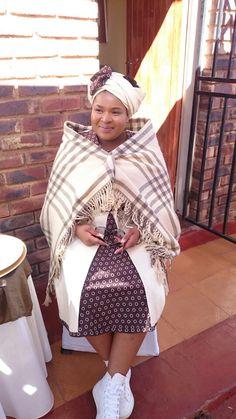 #African #Tswana #Bride African Traditional Wear, African Traditional Wedding Dress, African Wedding Dress, African Dress, Traditional Dresses, African Clothes, Wedding Dresses, South African Tribes, Xhosa Attire