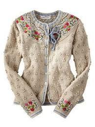 Bilderesultat for bordado no trico Gilet Crochet, Knit Crochet, Cardigan Sweaters For Women, Sweater Cardigan, Cardigans, Knit Sweaters, Ugly Sweater, Mode Masculine, Mode Vintage