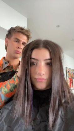 Hair Color Streaks, Hair Dye Colors, Ombre Hair Color, Two Color Hair, Dye My Hair, New Hair, Black Hair Video, Hair Color Underneath, Aesthetic Hair