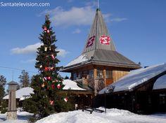 Pueblo de Papá Noel en Rovaniemi en la Laponia finlandesa a comienzos de abril