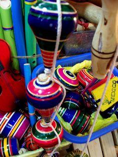 Trompos coloridos , jalisco mexico