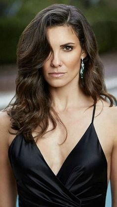 Keep your eye on me, Daniella Beautiful Celebrities, Beautiful Actresses, Gorgeous Women, Beautiful People, Female Actresses, Hot Actresses, Daniela Ruah Bikini, Belle Hairstyle, Ncis Los Angeles