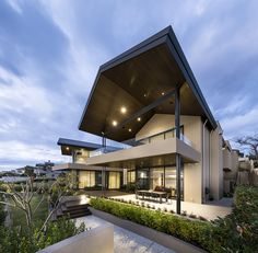 A premium boutique builder, specialising in designing and building luxury homes across Perth with a focus on providing personalised, tailored attention. Exterior Paint Schemes, Grand Piano, Luxury Homes, Mansions, House Styles, Building, Outdoor Decor, Projects, Natural
