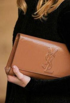 60 amazing handbags spotted on the streets of NYC