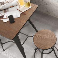 Bord og stol fra kolleksjon MALIBU www.mirame.no #bord #ståbord #høybord #stol #barkrakk #design #interior #interiør #hagemøbler #utemøbler #hus #hjem #mirame #nettbutikk #norsk #vintage #sort #turkis #hvit #inne #innredning