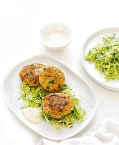 Tuna Patties with Brussels Slaw. For a quick and easy midweek meal try these delicious tuna patties with simple brussels slaw. Raw Food Recipes, Fish Recipes, Cooking Recipes, Savoury Recipes, Fish Dishes, Seafood Dishes, Veggie Cakes, Tuna Patties, Easy To Cook Meals