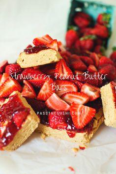 Strawberry Peanut Butter Bars | PasstheSushi.com