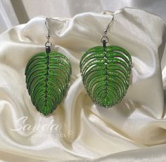 Leaf Earrings - Quilled by: Sanda Creations