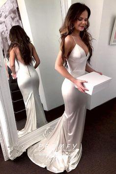 fa9d5daf71c Off-white Sleek Satin V-neck Spaghetti Straps Mermaid Long Formal Dress