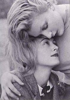 Man Ray, Nusch et Sonia Mosse, 1930