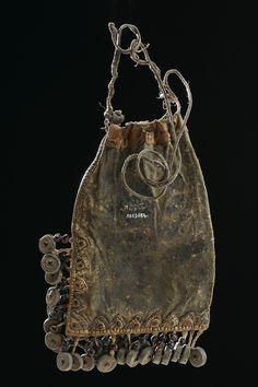 munan15:  Medicine pouch