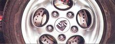 The Kombi Dacon 824 with Porsche 928 phone dial wheels