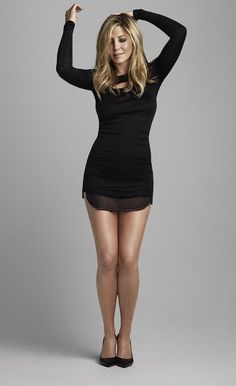 Pin by Ralf on Jennifer Aniston in 2019 Jennifer Aniston Fotos, Jennifer Aniston Pictures, Jennifer Aniston Style, Jeniffer Aniston, John Aniston, Pernas Sexy, Actrices Sexy, Sexy Legs And Heels, Celebs