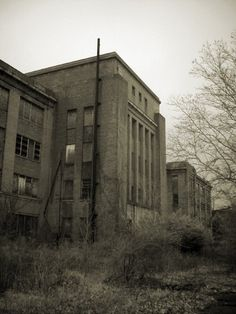Philadelphia State Hospital at Byberry- 25 Spookiest Places Around the World
