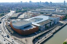 Afbeeldingsresultaat voor docks bruxsel brussel belgië Shopping Malls, Train, Belgium, Real Estate, Abundance, Strollers